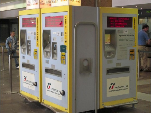 4864525-Fast_Ticket_Machine_Verona